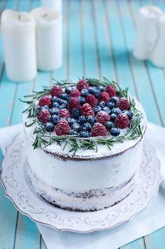 Christmas Tree Cake, Berry Cake, Tree Cakes, Homemade Cakes, Panna Cotta, Cake Decorating, Berries, Cheesecake, Baking