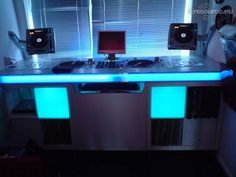 A Simple DJ Booth for the House ;)