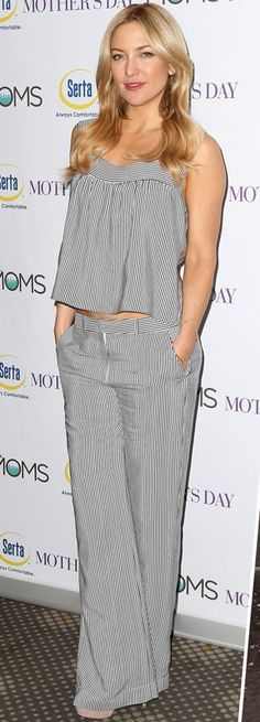 Kate Hudson in a striped top and matching wide-leg pants - click through to see the other 4 outfits she wore the same day!