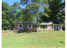 133 Delaware Dr, Clarksville, TN  37042 - Pinned from www.coldwellbanker.com