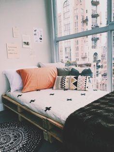 Coin lecture, couverture, lumière, coussin, confort