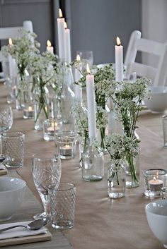 Nature Brings Comfort this Christmas Season Tableware for Midsummer - 15 tips and inspiration for a beautiful party table Midsummer Diving - a selection of some of our finest party tables that are sui Wedding Table Centerpieces, Wedding Table Settings, Wedding Decorations, Table Wedding, Party Tables, Centerpiece Ideas, Flower Table Decorations, Centerpiece Flowers, Flowers On Table