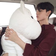 childish and sweet, buys you stuffed toys and insists you bring them along on road trips. Boys Korean, Korean Boys Ulzzang, Korean Couple, Ulzzang Boy, Cute Korean, Asian Boys, Asian Men, Boys Like, Cute Boys