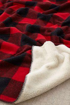 Woolrich Sherpa Rough Rider Throw Blanket