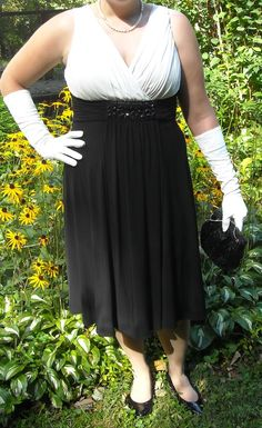 SOLD! Beautiful Black and White Dress by Jessica Howard Evening Size 14 $28.00