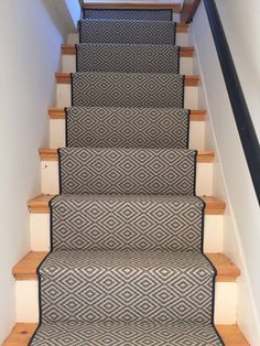 Cost Of Carpet Runners For Stairs Info: 7472196695 Cost Of Carpet, Diy Carpet, Wall Carpet, Rugs On Carpet, Carpet Ideas, Stair Carpet, Carpets, Grey Carpet Bedroom, Beige Carpet