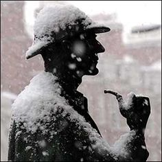 Statue of Sherlock Holmes (in the snow), Baker St. Station, London