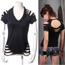 Preto de manga curta alternativa Emo Pinup Goth Punk T-shirt Tops roupas - DIY und Selbermachen - Zerschnittene Shirts, Diy Cut Shirts, Rock Shirts, T Shirt Diy, Cutting T Shirts, Casual Shirts, Collar Shirts, T Shirt Crafts, Diy Tshirt Ideas