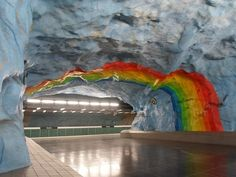 underground in Stockholm, Sweden - Stadion Station dedicated to Olympic Games in 1912 roku.