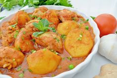 Mauritian Chicken Stew( Old Fashion Way) Chicken stew is a very popular dish in Mauritius. Best Chicken Curry Recipe, Fried Onions, Curry Recipes, Mauritius, Coriander, Stew, Fries, Confessions, Dishes