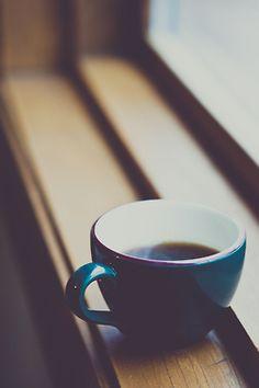 Beautifully Imperfect. #morning #coffe #window #photography #fotografía #cafe #buenosdias