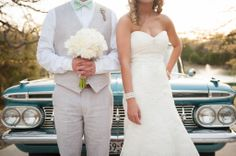 Wedding Photography | Posing in front of the car