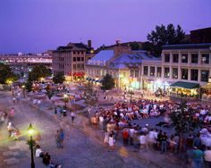 Place Jacques Cartier in Old Montreal Old Montreal, Montreal Ville, Montreal Quebec, Quebec City, Jacques Cartier, Westminster, Oh The Places You'll Go, Places To Visit, Capital Of Canada