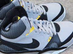 nike-air-ultraforce-grey-black-yellow