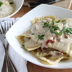 Mushroom Ravioli with Garlic Sun-dried Tomato Cream Sauce | Vegan Yumminess