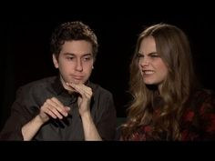 Paper Towns Stars-Nat Wolff & Cara Delevingne Beatbox - YouTube