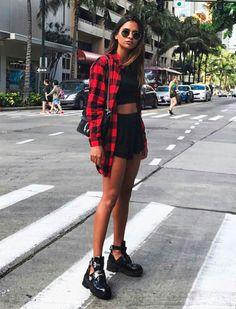 Xadrez feminino, camisa xadrez masculina, roupa xadrez, cropped preto, look Best Street Style, Looks Street Style, Looks Style, Casual Looks, Grunge Outfits, Casual Outfits, Cute Outfits, Fashion Outfits, Womens Fashion