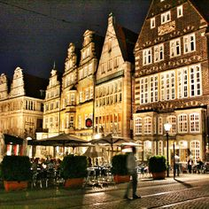 Bremen Marktplatz at night
