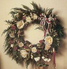 DIY: Make a Christmas Rose Wreath