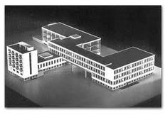 history of design bauhaus school of art and design dessau walter gropius modernism Bauhaus Interior, Architecture Bauhaus, Innovative Architecture, Famous Architecture, School Architecture, Architecture Design, Roman Architecture, Concept Architecture, Walter Gropius