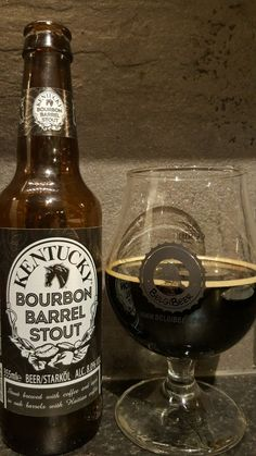 Kentucky Bourbon Barrel Stout. Watch the video beer review here www.youtube.com/realaleguide   #CraftBeer #RealAle #Ale #Beer #Beerporn #KentuckyBourbonBarrelStout #BourbonBarrelStout #Kentucky #AmericanCraftBeer #AmericanBeer