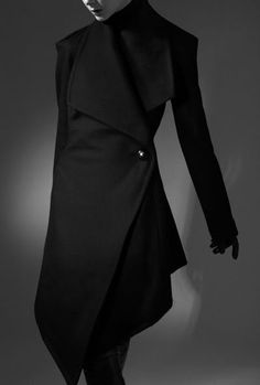 Melancholie². Then there's this which is so excellent. There are many side zippered, diagonal lined, asymmetric coats in stores. This is so great, Dramatic, I would guess.