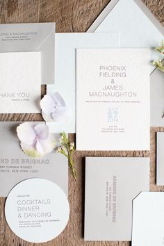 Classic square and round wedding invitations | Melissa Kruse Photography and Diana Tsao Events | see more on: http://burnettsboards.com/2014/08/bubble-wedding/