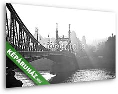 Bridge in the fog. Budapest, Hungary., Premium Kollekció falikép, vászonkép, poszter falikép, vászonkép, poszter