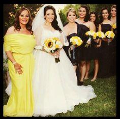 Jenni y Jackie(:-) Beautiful Bridesmaid Dresses, Wedding Dresses, Rivera Family, Divas, Dream Wedding, Wedding Day, Beautiful Person, Celebs, Celebrities
