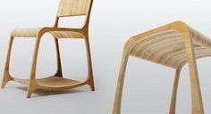 Strata es un juego de silla, taburete y mesas para oficina que se ha fabricado a partir de la madera de muebles que se habían tirado a la basura.
