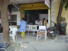 A road-side medicinal clinic - Varanasi, Uttar Pradesh, North India.