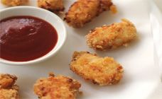 Chicken Nuggets Recipe - made this for the first time and everyone loved it. Only difference is I used finely ground corn flakes as breading -Crystal Homemade Chicken Nuggets, Homemade Chips, Chicken Nugget Recipes, Recipe Chicken, Baked Chicken, Family Meals, Kids Meals, Healthy Cooking, Healthy Recipes