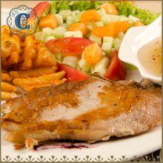 Hoy en #AlmuerzosLaCondesa una exquisita crema de zanahoria, chuleta en salsa de arándanos, acompañada de una de manzana, papas maya y ensalada de lechuga y tomates cherry  #LaCondesaMedellin #TardesLaCondesa #FoodPorn #GastronomiaEnMedellin #Medellin #Fresh #Natural #Food #Drinks #Café #Charcuteria #Bar #Friends