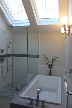 1000 Images About Majestic 39 S Bathrooms On Pinterest