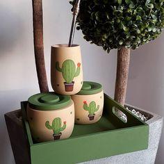 Wooden Spoon Crafts, Purple Candles, Flower Pot Design, Painted Flower Pots, Painted Mugs, Pottery Tools, Cactus Decor, Ceramic Birds, Posca