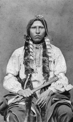 Red Blanket, a Native American (Cheyenne) man - Burlett & Scott - 1880s