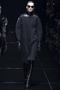Le défilé Gucci automne-hiver 2013-2014 http://www.vogue.fr/mode/news-mode/diaporama/frida-giannini-et-patrizio-di-marco-quittent-gucci/21564#!le-defile-gucci-automne-hiver-2013-2014
