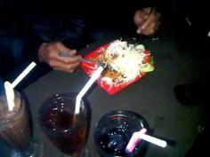 MAKAN NASI GORENG LEVEL SPECIAL MAMPUS @MIE PEDES MAMPUS CAFE & SHISHA