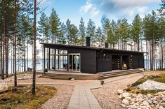 Modern Cabin in Finland Bungalow, Summer Cabins, Casas Containers, House In The Woods, Cabana, Black House, Future House, Tiny House, Architecture Design