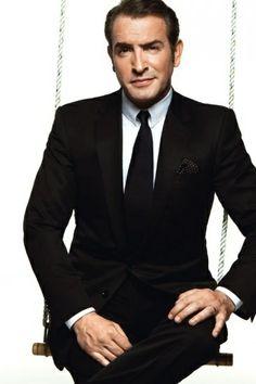 Jean Dujardin in elegant black suit