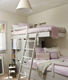 Wow, this would be awesome to do in a spare bedroom. Epecially if you only have the one for guests and need to accomodate multiple people. And the STORAGE is awesome.