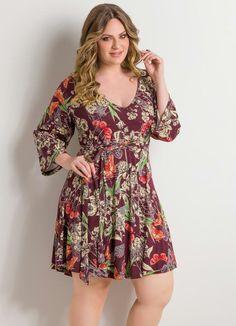 Vestido Decote em V Floral Plus Size - Posthaus