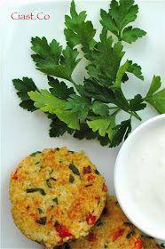 Ciast.Co: Zdrowe kotlety z kaszy jaglanej Risotto, Vegetarian, Herbs, Vegan, Ethnic Recipes, Food, Christmas, Diet, Xmas
