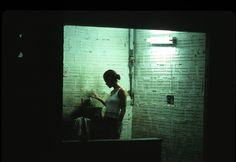 FILME: O CÉU DE SUELY(2006) DIREÇÃO:KARIM AINOUZ DIREÇÃO DE ARTE:MARCOS PEDROSO DIREÇÃO DE FOTOGRAFIA:WALTER CARVALHO Ficha técnica detalhada:http://www.imdb.com/title/tt0841175/fullcredits?ref_=tt_ov_wr#writers