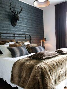 Men's Bachelor Bedroom Ideas