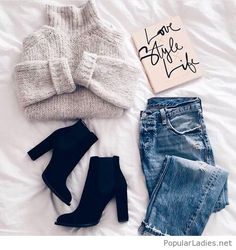 jeans-grey-sweater-and-black-boots