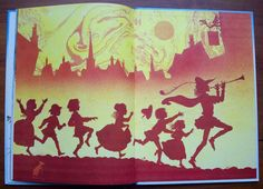 Vintage Childrens Book, Pied Piper of Hamelin, 1980s, John Patience, Bright Colors, Pipe, Flute, Horn