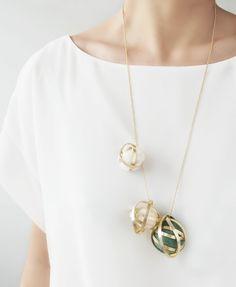 DIY wire felt bead necklace
