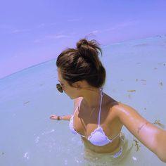 ᴘɪɴᴛᴇʀᴇsᴛ↠ of my Story Summer Pictures, Beach Pictures, Beach Poses, Summer Goals, Summer Photography, Photos Tumblr, Tumblr Girls, Summer Vibes, Surfing