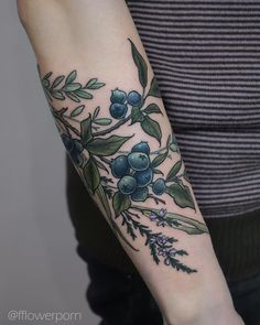 Blueberries and heather for Anna #tattoo #tattoos #plants #flowers #botanical #botanicaltattoos #flowertattoos